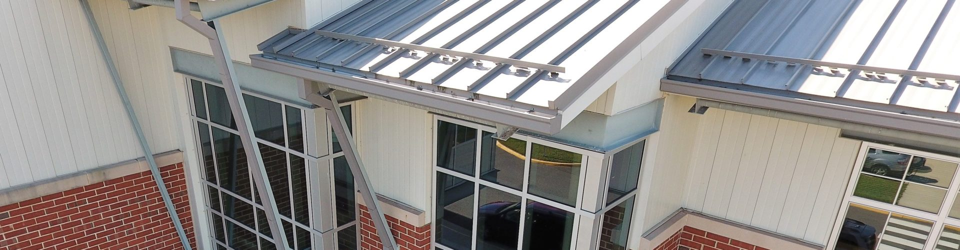 Continuous Gutter Cg70 Cg75 Cg80 Dynaclad Water