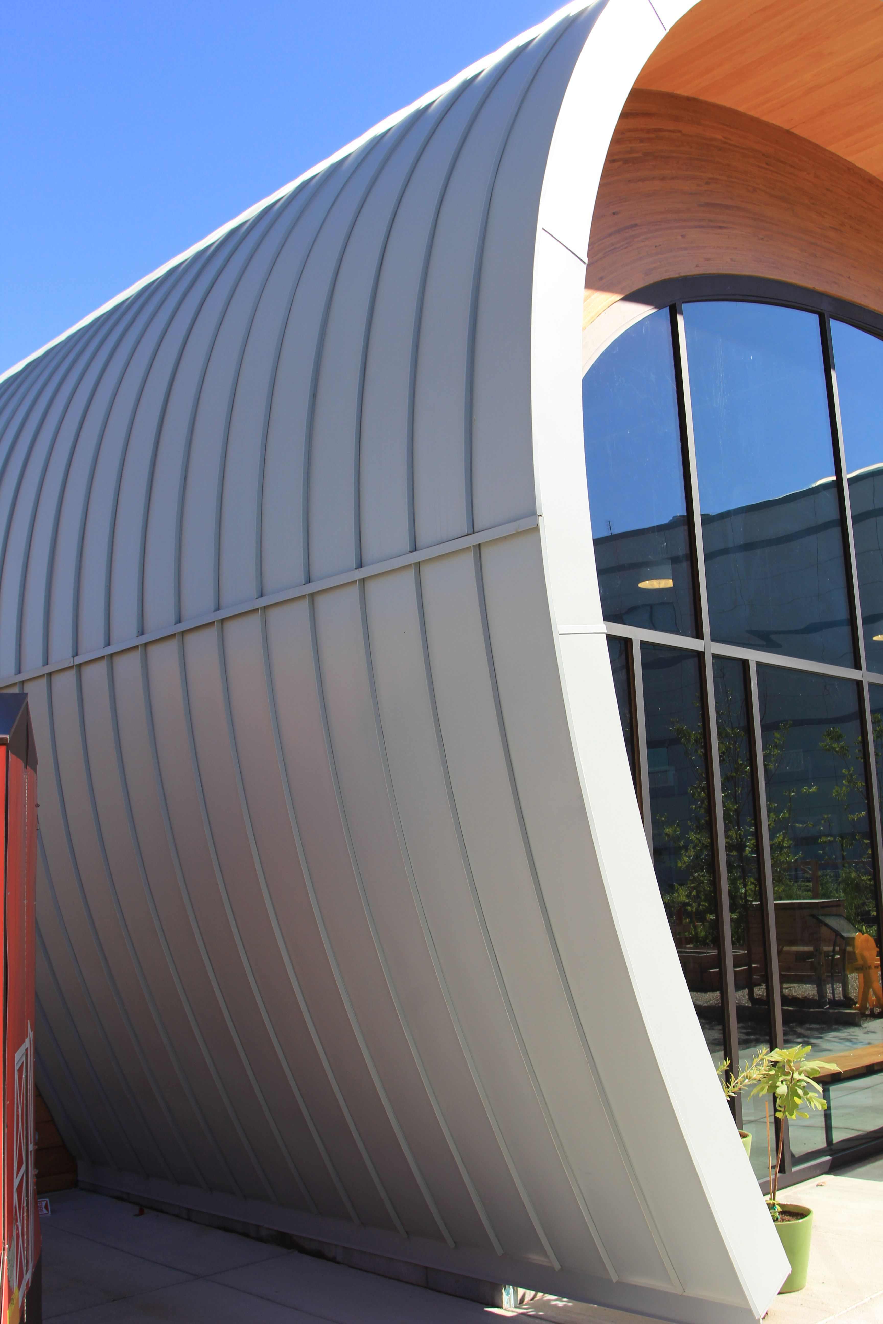 Curved Snap On Seam Cr Ss10 Standing Seam Panel